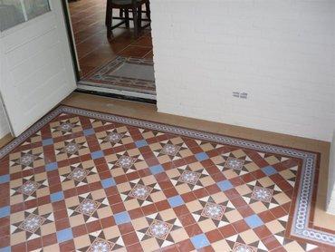 De Heen, Buiten tegelwerk Victorian Floortiles