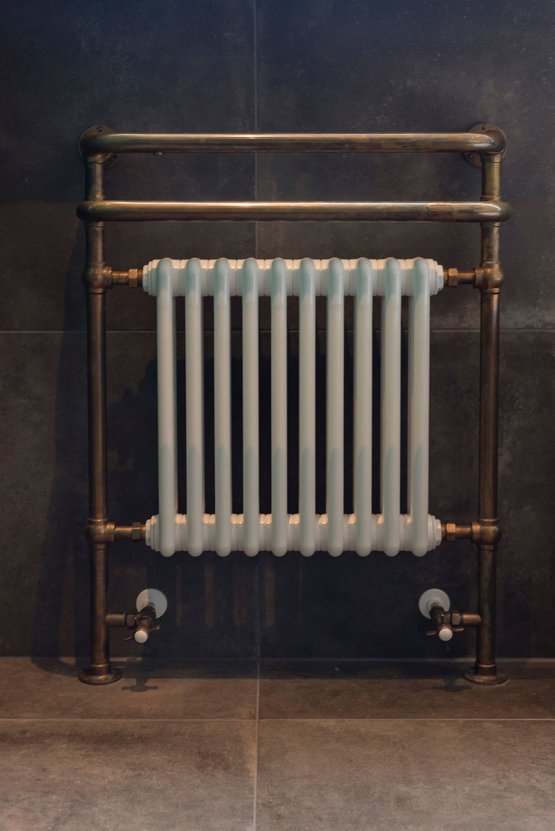 Kenny&Mason radiator in Old Brass uitvoering