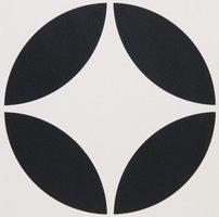 7927V Bavaria Black on Dover White 151 x 151