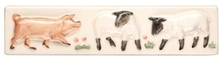 A La Ferme Piglet and Lamb Border 200 x 50